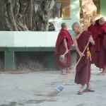MYANMARMANDALAYMOINES1