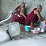 MYANMARMANDALAYMOINES13